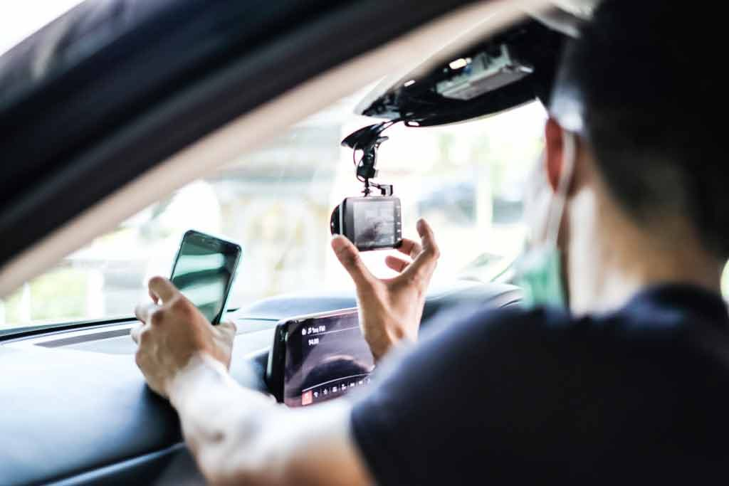 the different types of dashcams for trucks