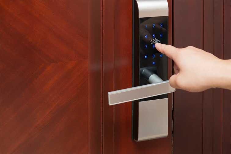 How to Change a Commercial Door Lock
