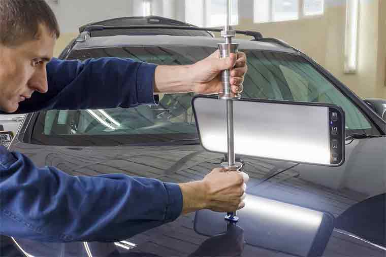The Best Ways to Remove A Dent From Your Car Without Visiting The Mechanic